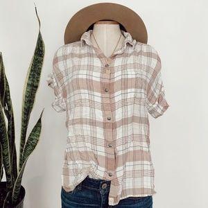• AMERICAN EAGLE • Pink plaid short sleeve top
